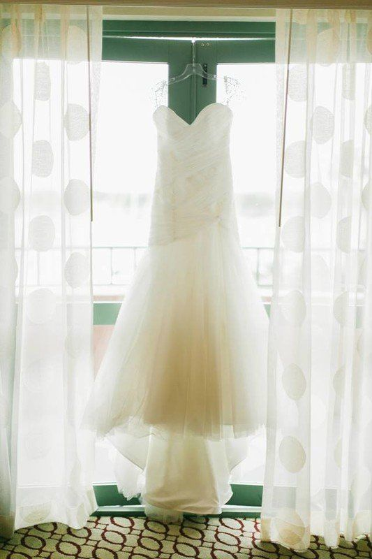 Trumpet-style wedding dress with strapless, sweetheart neckline {Blue Sparrow Events}