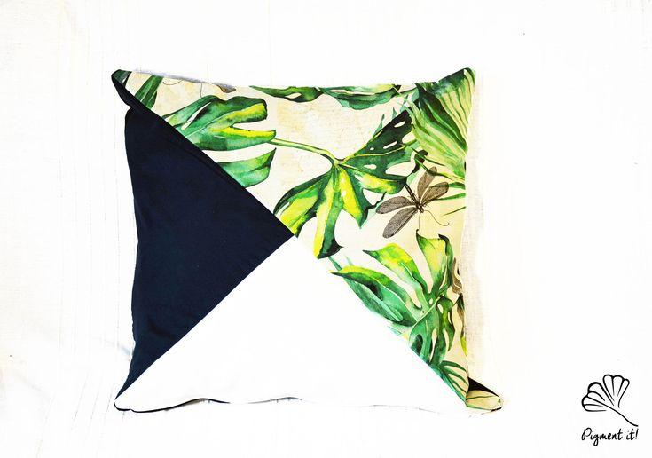 Housse, Coussin - Feuille Tropical, vert et blanc - Tropical Leaf - Pillows - Home Deco - de la boutique Pigment it! sur Etsy