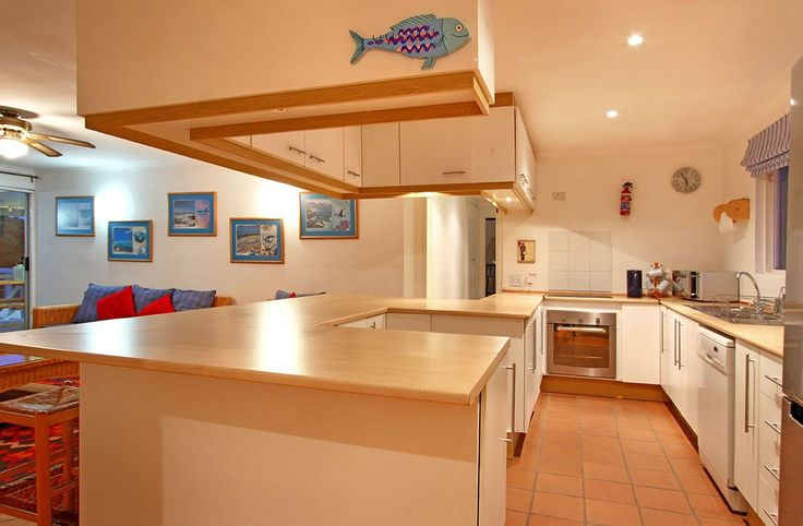 Self catering accommodation, Scarborough, Cape Town  Kitchen   http://www.capepointroute.co.za/moreinfoAccommodation.php?aID=493