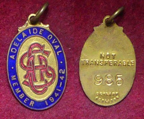 1941-42-South-Australian-Cricket-Association-Members-Badge