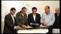 Osorio Chong destaca avances de seguridad en la Laguna