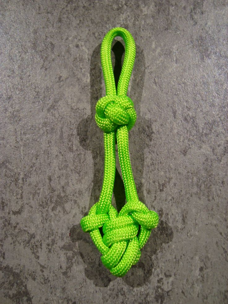 Green heart keychain fob cool stuff pinterest for Paracord keychain projects
