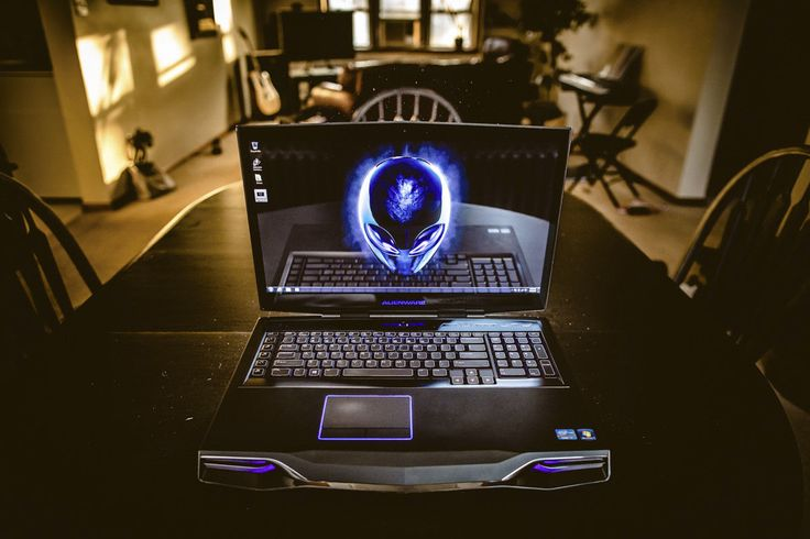 Alienware Laptop M18x R2 18.4 Notebook i7 up to 3.8GHz Turbo over 1TB 32GB Ram