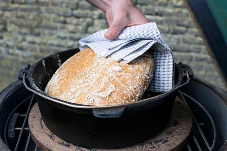 Dit brood maak je zonder te kneden en voor minder dan 1(!) euro