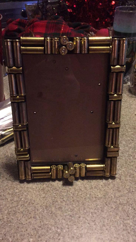 Empty Frame Crafts