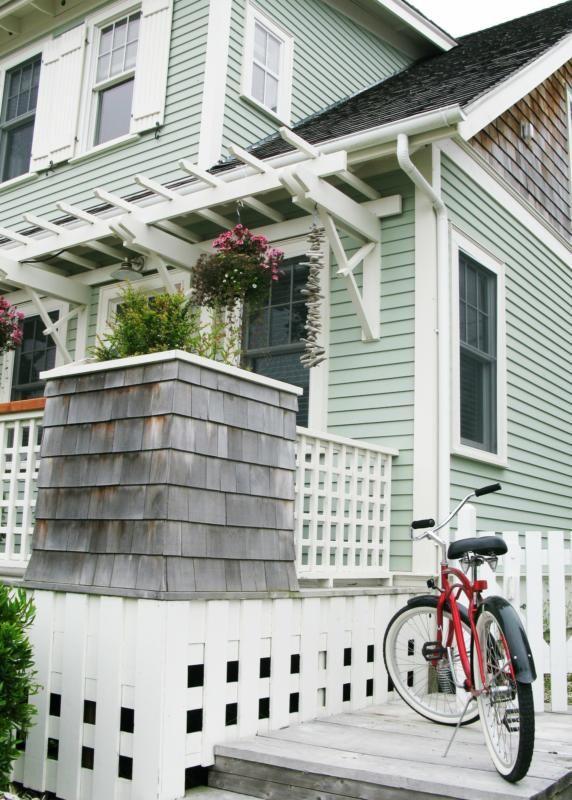 Turquoisepaint info exterior doors benjamin moore wythe blue hc 143 - 178 Best Images About Seabrook Washington On Pinterest