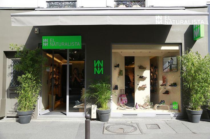 La marque de chaussures El Naturalista vient de s'installer rue Faubourg Saint Antoine à Paris. L'occasion de découvrir cette griffe éco responsable aux modèles colorés et écologiques !