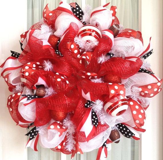 Deco mesh nc state colors collegiete wreath red white black door wrea