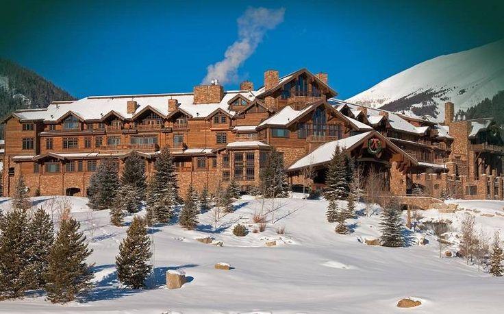 7 the Pinnacle. Rumah ini dimiliki o/ Edra & Tim Blixseth. Edra adalah seorang pengembang Real Estate, sedangkan Tim Blixseth seorang pemilik modal perusahaan kayu. Mereka bersama-sama mendirikan Yellowstone Club, namun kebangkrutan klub, perceraian dan masalah lainnya telah mengurangi kekayaan mereka dalam beberapa tahun terakhir. Rumah berharga USD 155 juta atau sekitar Rp2,17 triliun ini terletak di Big Sky, Montana. Rumah ini merupakan properti terbesar di Yellowstone Club.