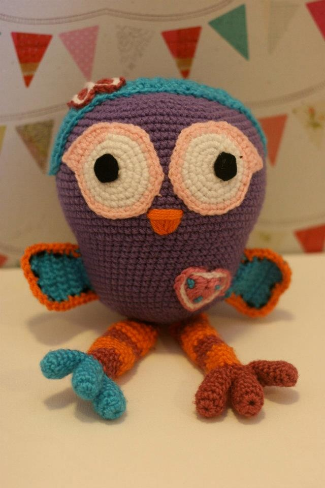 Free Pattern: Hoot (and Hootabelle - pictured) from Giggle & Hoot! Much cooler than the actual crochet Mini-Hoot on the show O_O;;