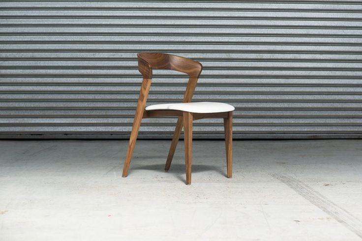 Tulip Chair. Discover @Treniq - www.treniq.com