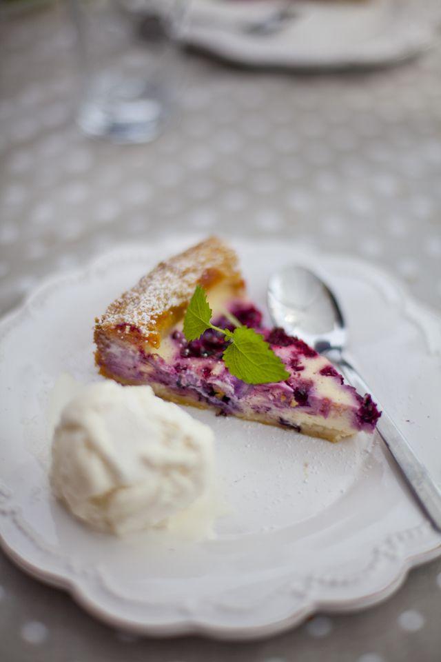Raspberry Goddess Pie