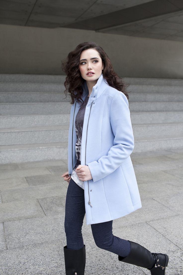 #danhen #fw2015 #jesien #kampania #campaign #blue #coat  http://www.danhen.com/product-pol-293-Blekitny-plaszcz.html