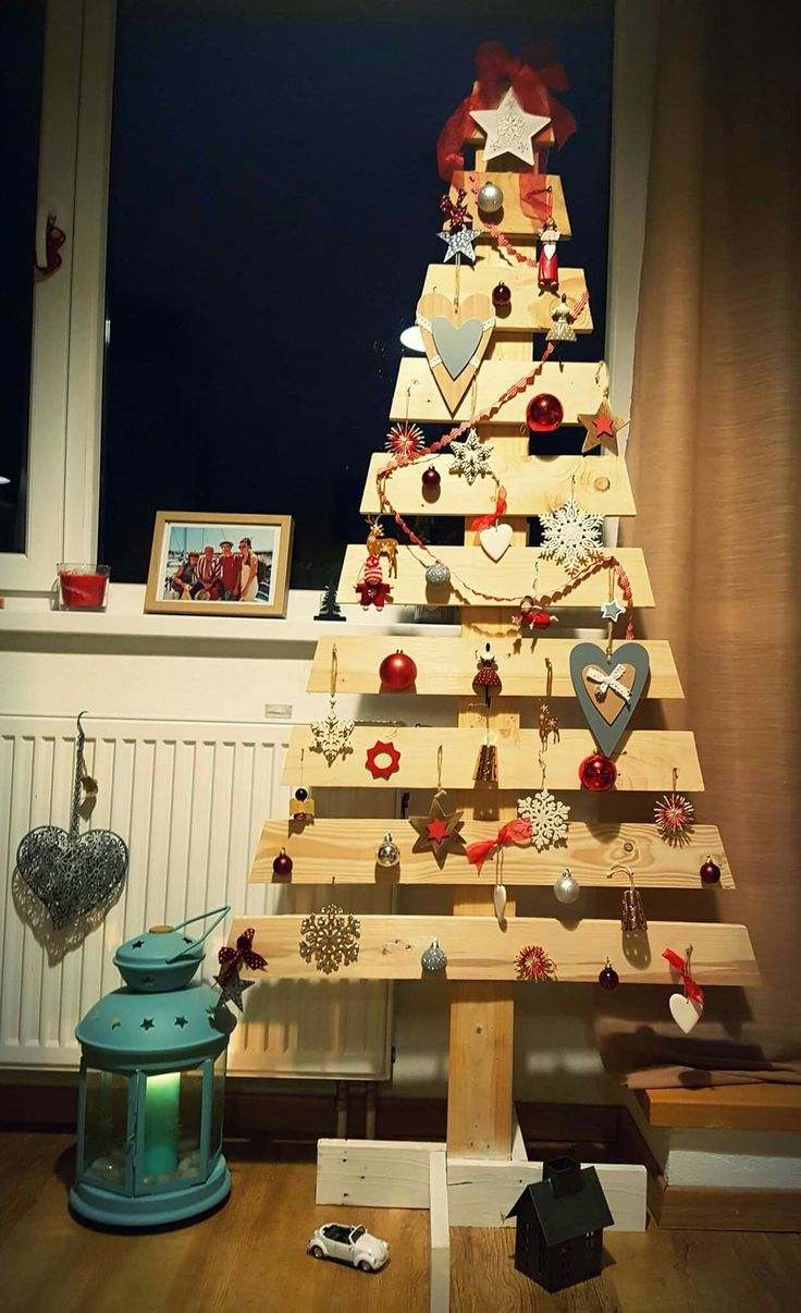 Finally Christmas Tree from pallets.