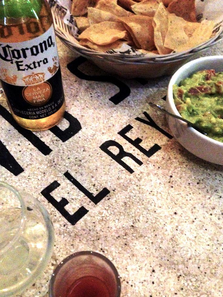 Cowboysbag - We love Corona's & guacamole!
