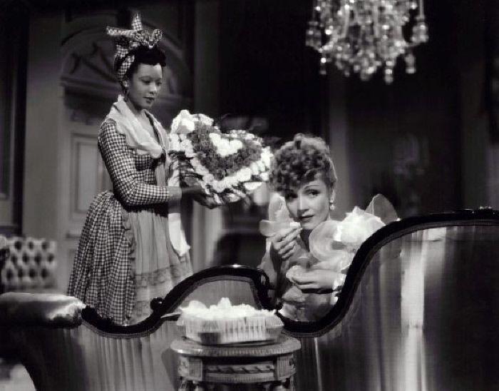 Theresa Harris e Marlene Dietrich - MONDADORI PORTFOLIO/The Kobal Collection