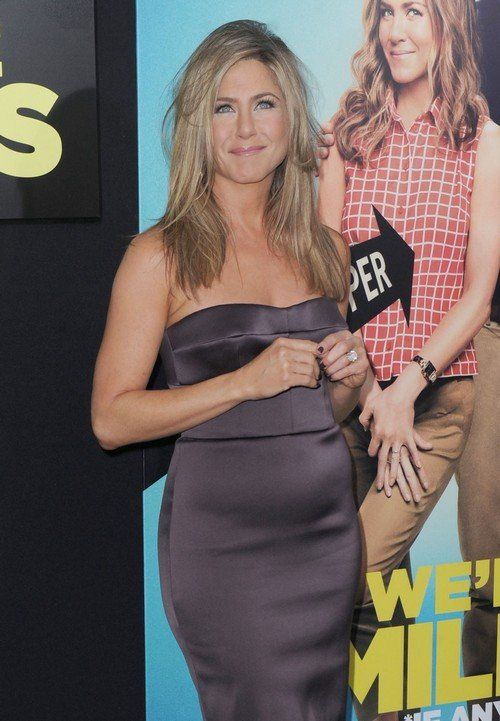 Is Jennifer Aniston pregnant?? Find out here...