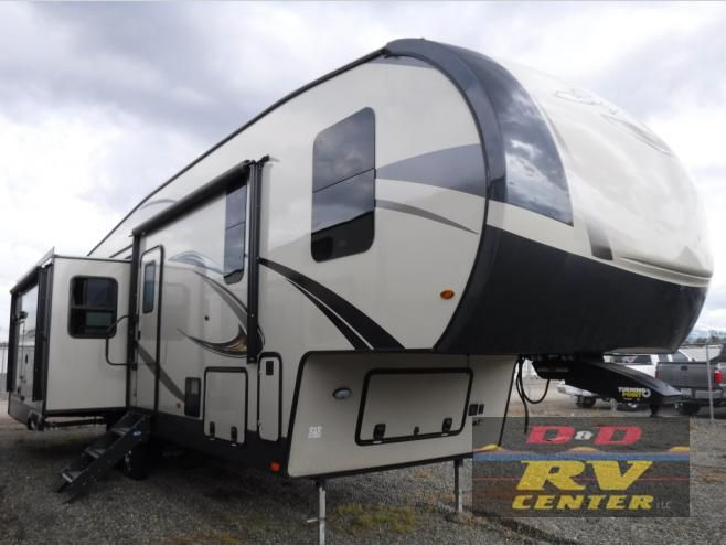 New 2019 Forest River Rv Rockwood Signature Ultra Lite 8288bs