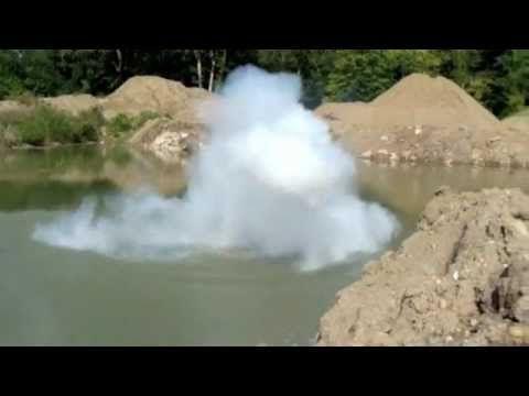 Anderson University sodium toss (explosion)