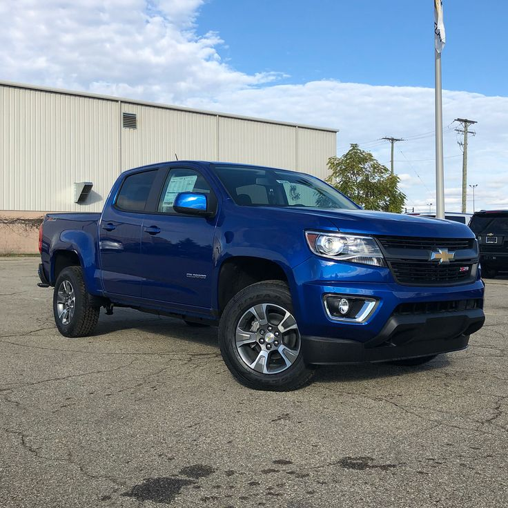"""Buff Whelan Chevrolet (@buffwhelanchevy) on Instagram: """"Best-in-class towing capacity, torque and EPA estimated MPG, with four awards in one year alone:…"""""""