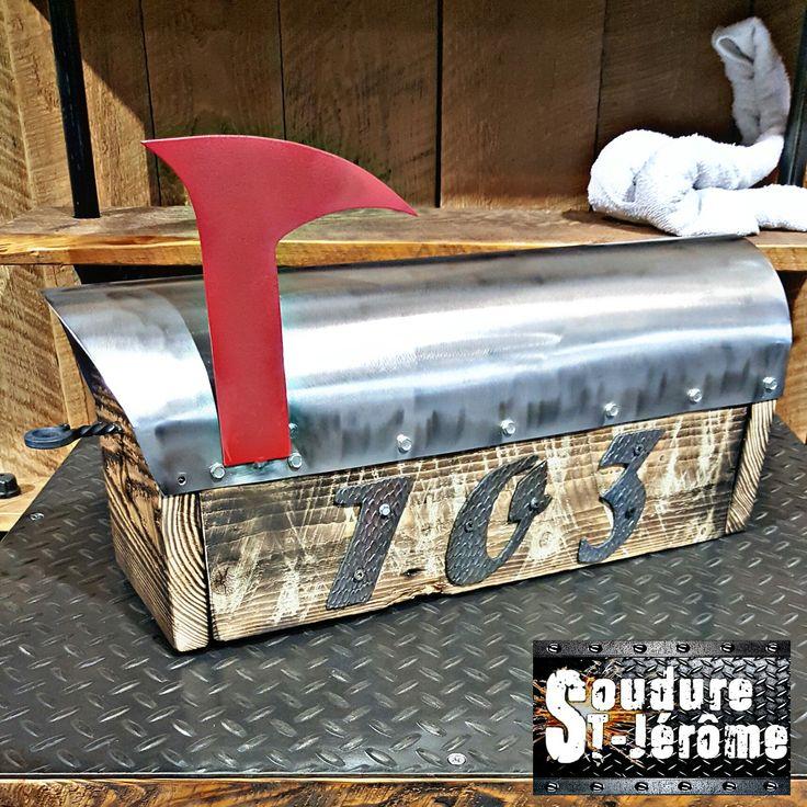 boîte aux lettres design industriel, bois et métal en feuille