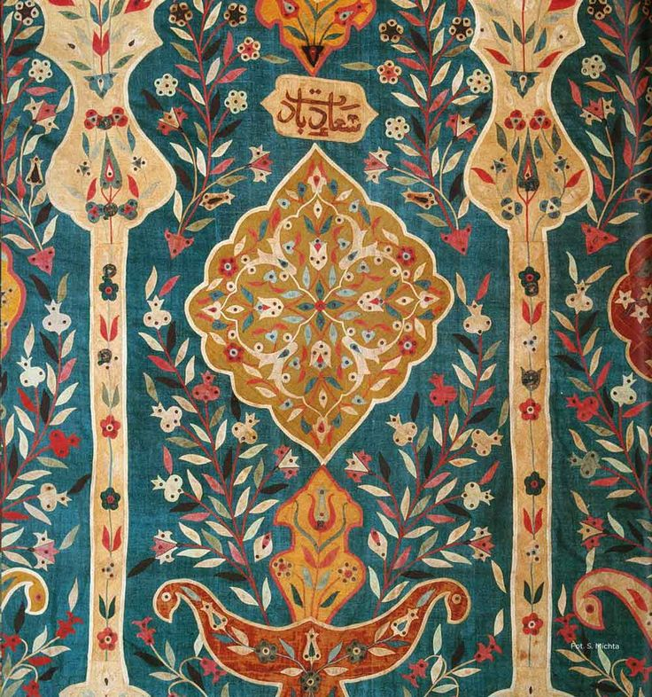 17'th Century , Ottoman Tent Detail. Blog about this tent: http://hellobiba.tumblr.com/post/76956395716/suzani-an-ottoman-tent-in-wawel-royal-castle?og=1