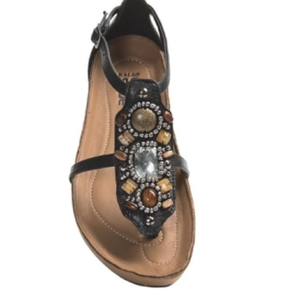 SZ 8KALSO EARTH SHOES KALSO earth shoes are so comfortable and stylish with the gorgeous Jewel embellished top.. You won't be disappointed..NWOB Kalso Earth Shoe Shoes