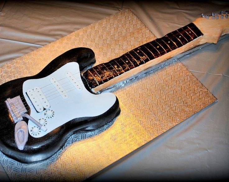Gâteau guitare en fondant
