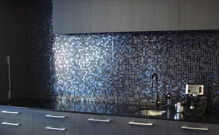 Bisazza creates beautiful glass mosaics for both interior and exterior design. We carry the entire Bisazza range of colours, sizes and decorations.