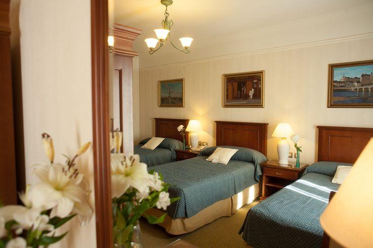 Habitación Triple - Epic Hotel Villa Mercedes