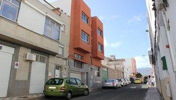 #Vivienda #Laspalmas Piso en venta en #Agüimes #FelizSabado - Piso en venta por 65.700€ , obra nueva, 3 habitaciones, 101 m², 2 baños, garaje 1 plaza/s