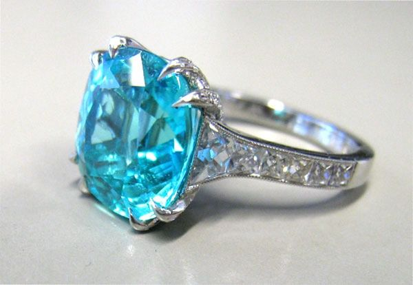Mozambique Paraiba Tourmaline In Leon Mege French Cut Ring