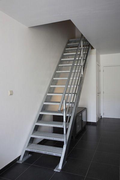 escalier sur mesure escaliers rampes et garde corps sur mesure pinterest. Black Bedroom Furniture Sets. Home Design Ideas