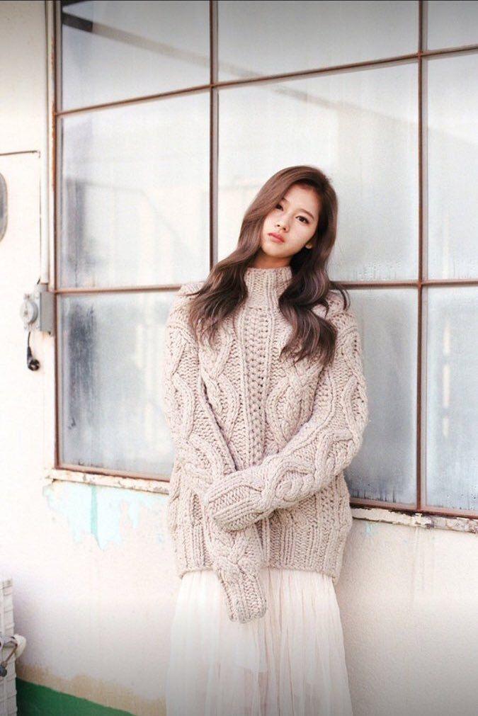 "Twice Pics en Twitter: ""Sana photoshoot ""PHOLAR"" By Jin Suk Young ✨. #3 https://t.co/4HnnnsdLs1"""