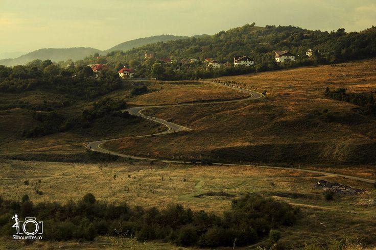 Drumul serpuit   Landscapes   Silhouettes.ro