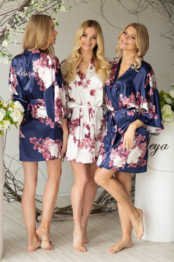 4f6ed56fbe7 Silk Bridesmaid Robes - Bridesmaid Gifts - Floral Robe - Getting Ready Robes  - Bridal Party Gift - Kimono Robe - Bridesmaid Robes Set in 2018