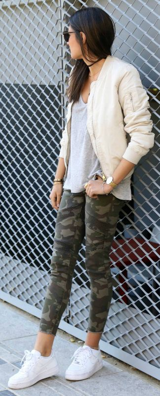 feminine bomber+ shade of pastel pink + Federica L. + blush pink jacket + perfect match + camouflage jeans + military feel + masculine look!    Jacket: Stradivarius, Jeans: Boohoo, Tee: Zara.