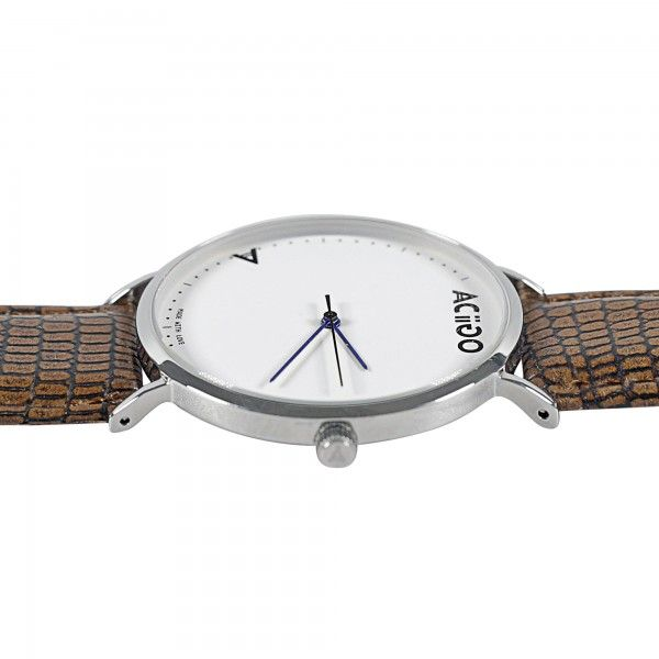 Stainless steel case in Silver Case: Ultra-thin case, 40mm, Glass: Reinforced mineral glass Water resistance :up to 3 ATM Movement: Japanese movement Ronda 763 Straps material: Genuine leather Straps width: 20mm Warranty: 12 month Springbar remover: Free