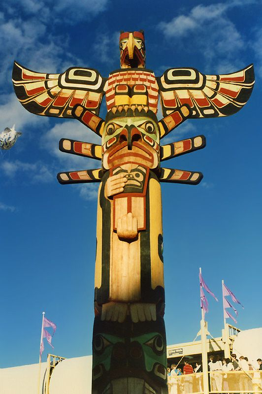 Canadian Totem PoleIndian Art, American Indian, Native Americans, American Art, Front Yards, Totems Pole, American Totems, Totem Poles, British Columbia