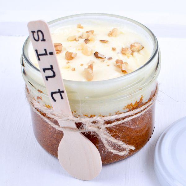 Sinterklaas Idee : worteltjestaart in een potje ! Lepeltjes, potjes en silhouetjes sint zijn te koop in de shop !