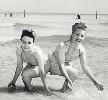Daisy and Violet Hilton - San Antonio's Siamese Twins