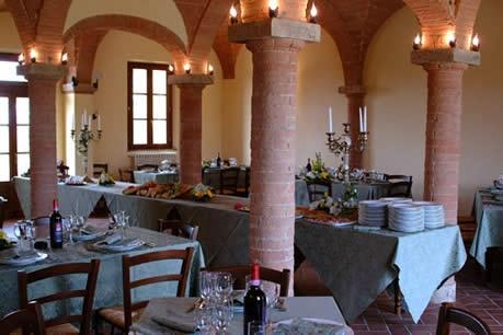 Dining Room GIRASOLE @ fattoria-fibbiano