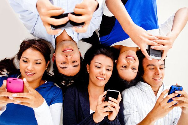 What Type of Friend Are You in a Group Chat? - Text me back! Hey! Text me back…