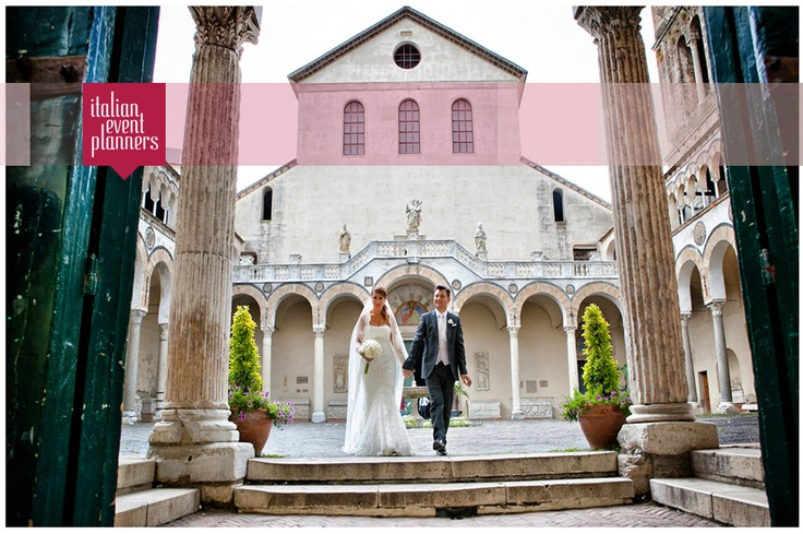 Romantic wedding in Salerno by www.italianeventplanners.com