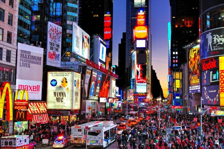 NYC: Buckets Lists, Time Squares, Street Lighting, New York Cities, Times Square, Interiors Design, Dream Place, Newyork, Timesquar