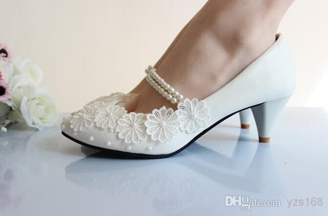 Discount Sexy White Handmade Lace Flower Pearl Princess Shoes Low Heel Round Head Shoes Evening Party Bridal Wedding Shoes Yzs168 Online with $32.47/Piece | DHgate