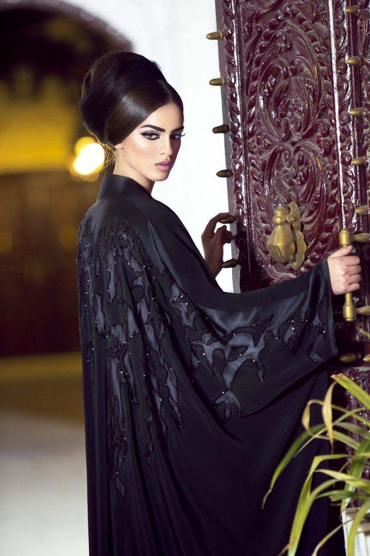 Client:Haya Al Rajhi Destination Jeddah MAgazine July Issue 2012 Photography: Reem Bajabaa Make Up: Sabaa salon Model: Kenaz