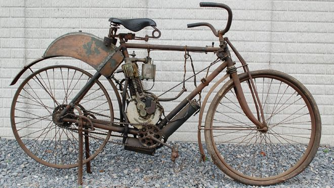 World's oldest motorcycle from India! So cool. Not that I want one, but think about the technology for the time! 7 on the lemming scale!