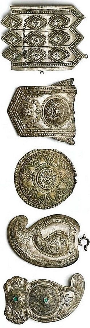 Five fragments of women's metal belt buckles. Originating from Jewish families in Greece. Late-Ottoman style, ca. 1900. (© The Jewish Museum of Greece, Athens).