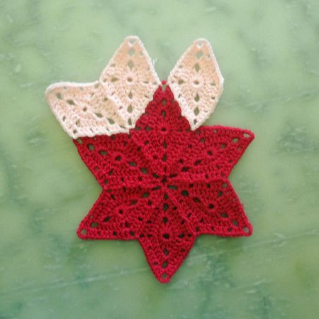 You can make all kinds of things from this pattern. (Link to English pattern, just look for the link that says anglais((sp?)), it will take you to the free pattern.)